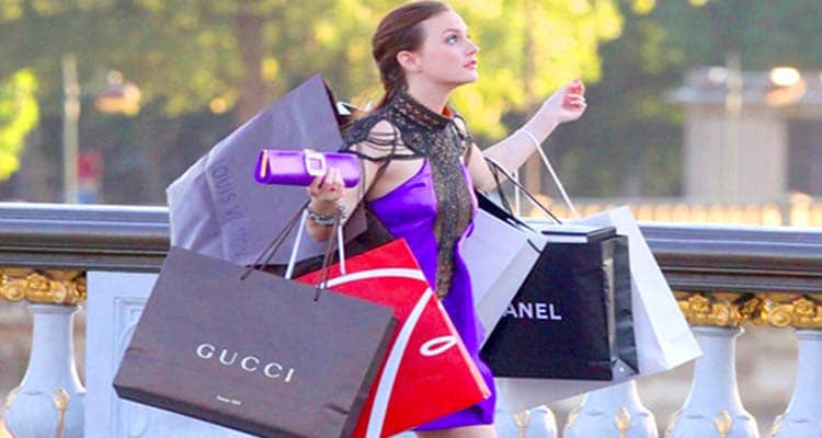 Narcissist Loves Materialistic Things