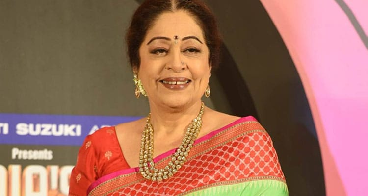 Kirron Kher in a lovely saree