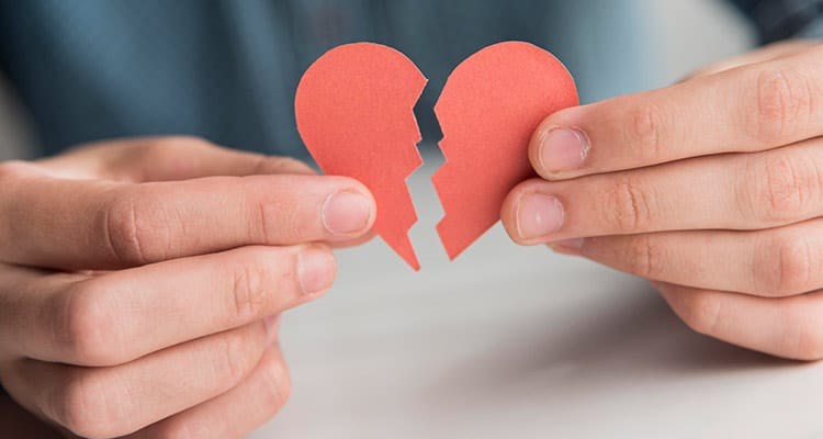 We broke up because there were too many problems in our relationship