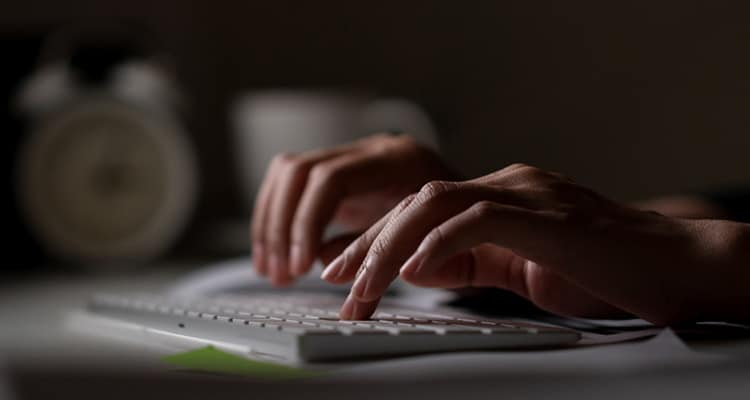 Internet addiction could be ruin a marriage