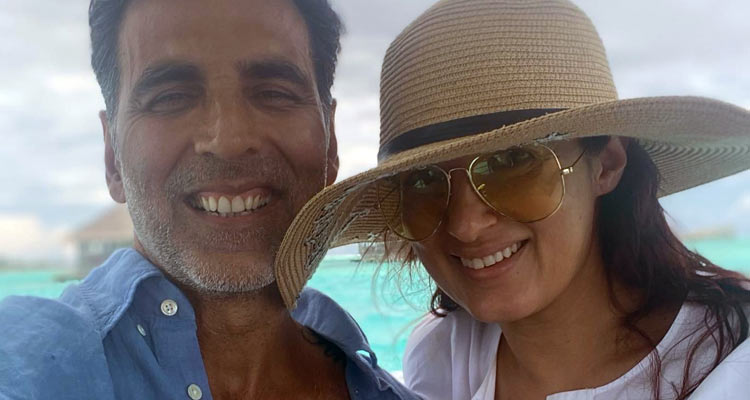 Twikle and Akshay on vacation