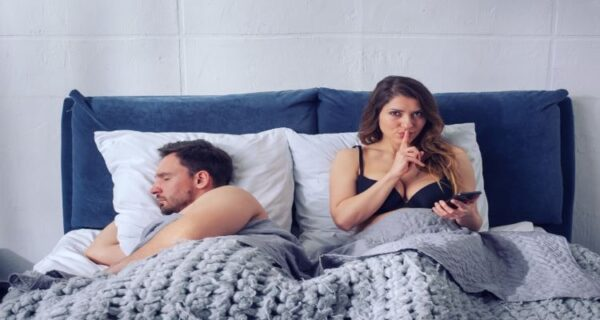 A secret relationship points toward cheating